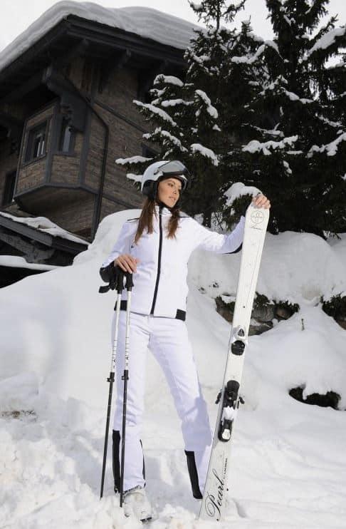 ski et luxe rester f minine sur les pistes. Black Bedroom Furniture Sets. Home Design Ideas
