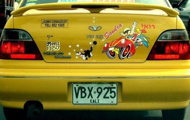 Personnaliser sa voiture avec des stickers tendances et bien pensés !