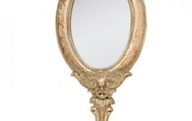 Les miroirs à main, nouvelle lubie des fashionistas pour la déco intérieure