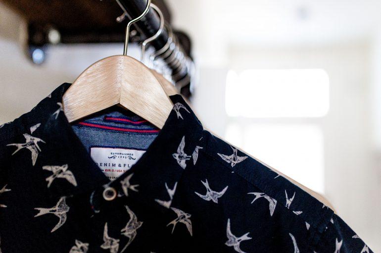 Comment porter une chemise à motifs