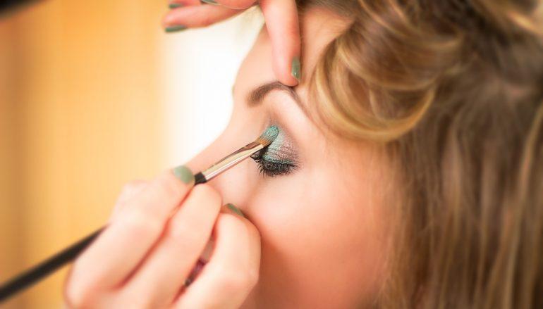 Les techniques de maquillage pour débutantes